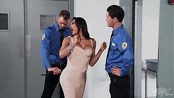 (Jessy Dubai, Cliff Jensen) - Whats In Her Pants Part 2 - Transangels