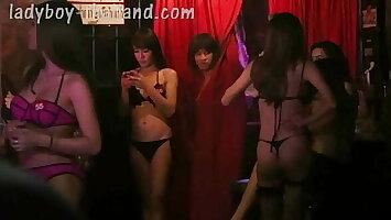 Charades Ladyboy bar in Nana Plaza [March 2017] - Ladyboy Thailand Vlog